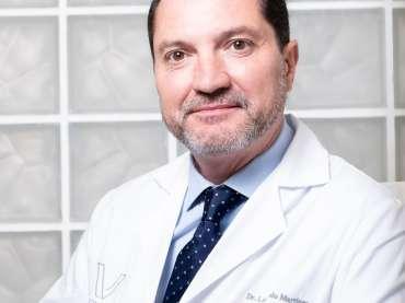 "<span id=""040""></span>Dr. Miguel Lombardo Martínez<br><span class=""sc_team_item_subtitle"">Magister en Medicina Estética</span>"