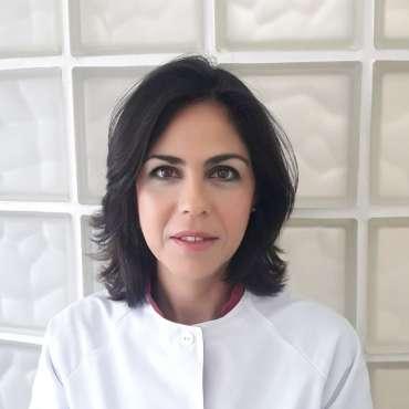 "<span id=""28""></span>Mónica Esther Naranjo Lovillo<br><span class=""sc_team_item_subtitle"">Auxiliar de Clínica</span>"